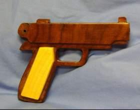 Как сделать игрушечный пистолет из дерева фото