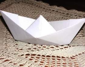 Как сделать из бумаги лодочку фото