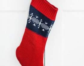 Как сделать новогодний носок из свитера фото