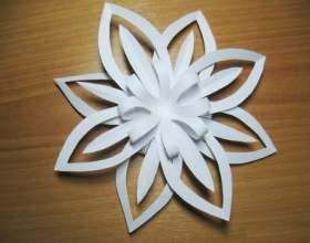 Как сделать объемную снежинку из бумаги фото