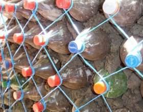 Как сделать подпорную стенку из пластиковых бутылок фото
