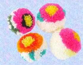 Как сделать разноцветные цветочные помпоны фото