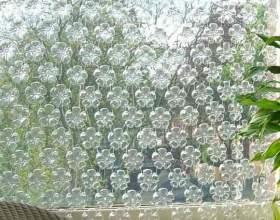 Как сделать шторы из пластиковых бутылок фото
