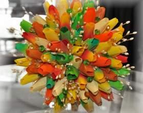 Как сделать тюльпан для конфетного букета фото