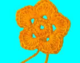 Как связать цветочек крючком фото
