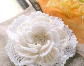 Как связать цветок для шапки фото