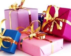 Как украсить подарок фото