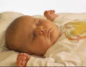 Как уложить младенца фото