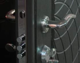 Как установить замок на железную дверь фото