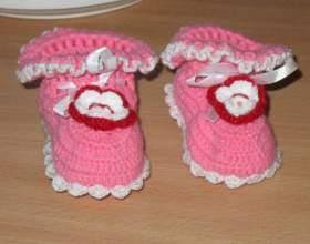 Как вязать пинетки для новорожденного фото