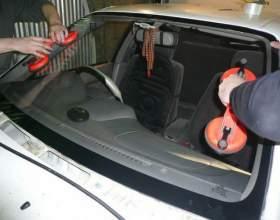 Как вклеить стекло в автомобиле фото