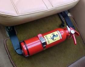 Как выбрать и купить автомобильный огнетушитель фото