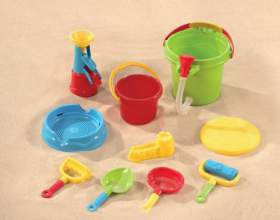 Как выбрать игрушки для песочницы фото