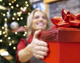 Как выбрать подарок к новому году фото