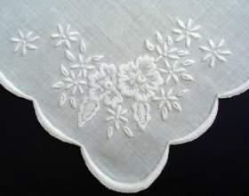 Как вышить носовой платок фото