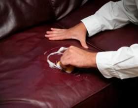 Как вывести пятно с кожаного дивана фото