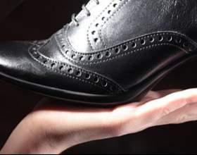 Как вывести пятно с обуви фото
