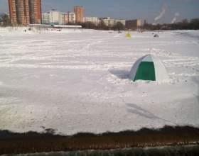 Как закрепить палатку на льду фото