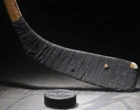 Как заматывать хоккейную клюшку фото