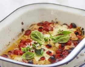 Как запечь куриную грудку с помидорами черри и сыром маскарпоне фото
