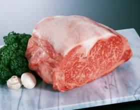 Как запечь свинину в рукаве в духовке фото