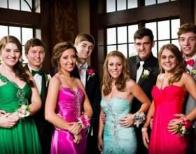 Какие украшения предпочесть на выпускной вечер в школе фото
