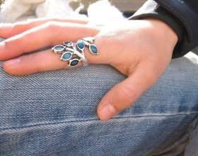 Какой камень можно носить на указательном пальце фото