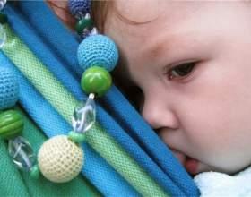 Какую игрушку сделать своими руками для трехмесячного ребенка фото