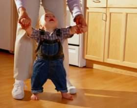 Когда дети начинают ходить фото