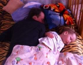 Когда переводить малыша на однократный дневной сон? фото