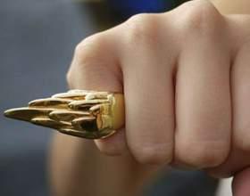 Кто носит кольца на мизинце фото