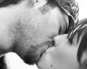 Кто придумал всемирный день поцелуя фото