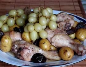 Курица с сухофруктами и виноградом фото