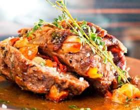 Мясо, запеченное в фольге с грибами фото