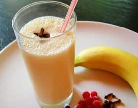Молочный коктейль с бананом фото