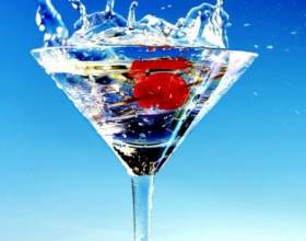 Несколько коктейлей на основе martini bianco фото
