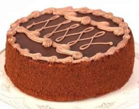 Ореховый торт с шоколадным кремом фото