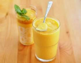 Освежающий молочный коктейль с манго фото