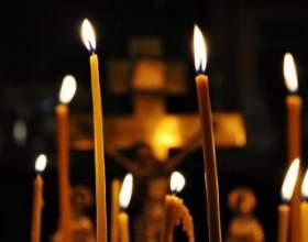 Откуда появилась традиция ставить свечи в храме фото