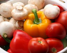 Овощи, маринованные с шампиньонами фото