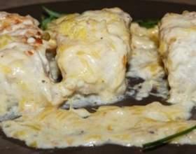 Палтус под луково-сливочным соусом фото