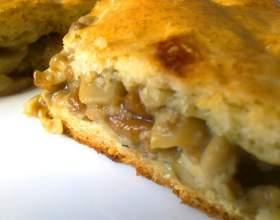 Пирог с сушеными грибами фото