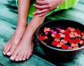 Питательные ванночки для ног с отварами трав фото