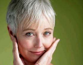 Почему парней привлекают женщины постарше фото