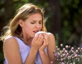 Почему при аллергии чешутся глаза и появляется насморк фото