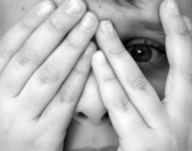 Почему ребенок боится темноты фото