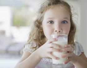 Полезно ли пить парное молоко? фото