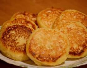 Простой рецепт вкусных сырников фото