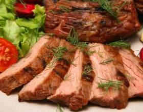 Простые блюда из говядины в духовке фото