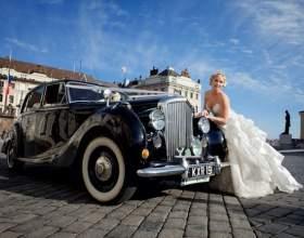 Ретро автомобиль на свадьбе - настоящая роскошь фото